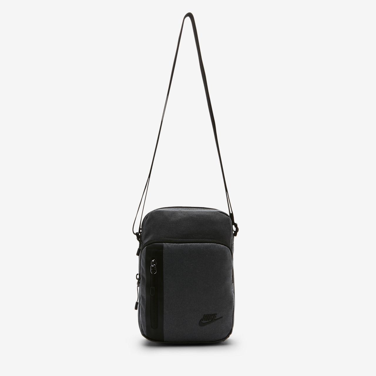 Taška Nike Core Small Items 3.0