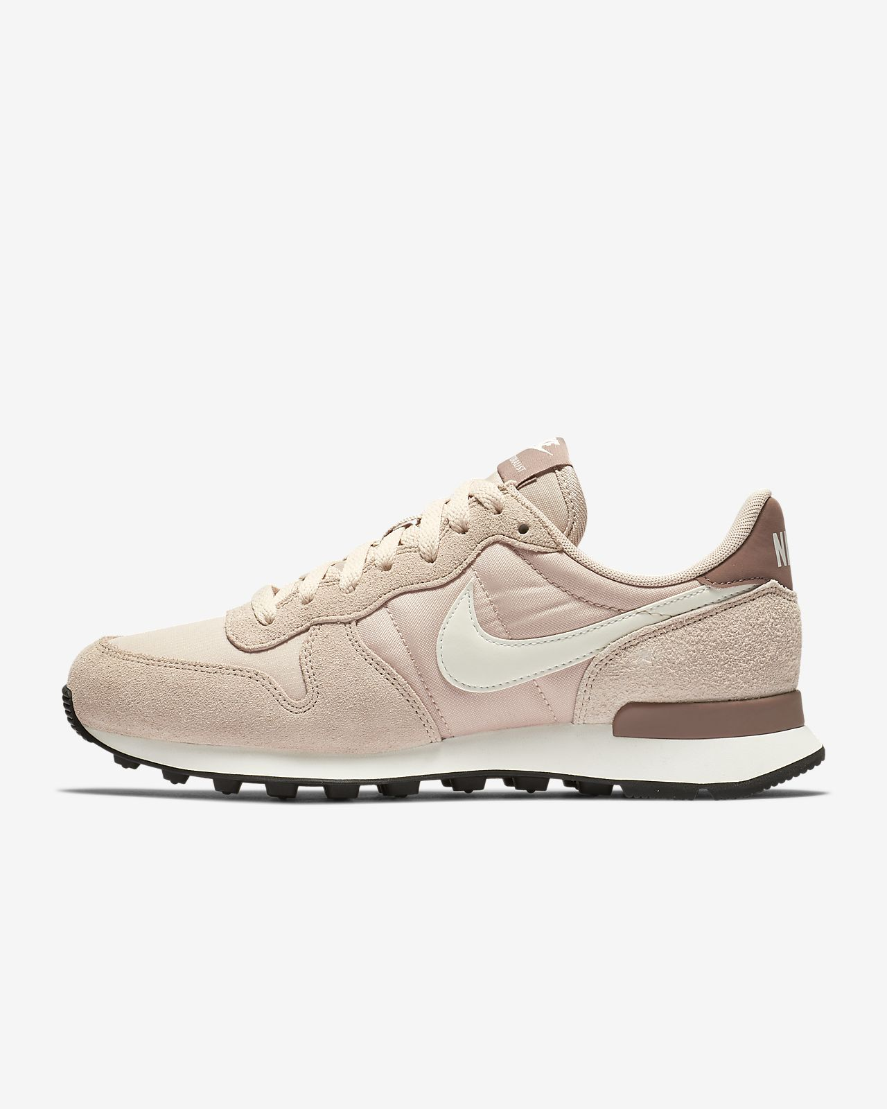 nike internationalist women khaki