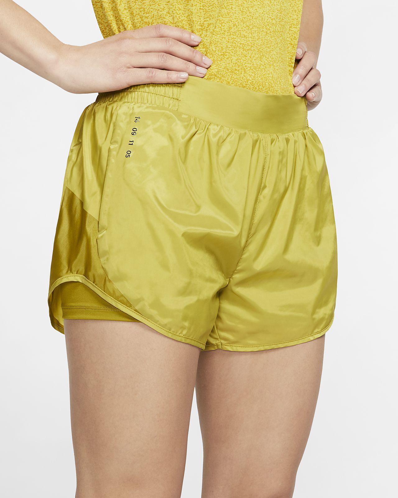 Nike Tempo 女子跑步短裤