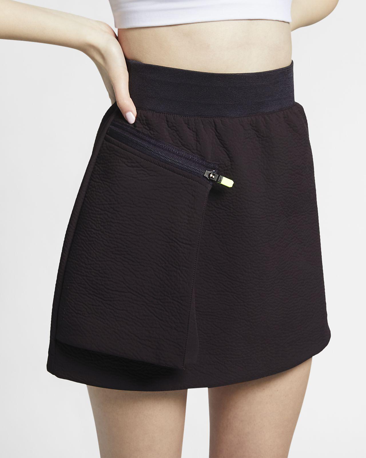 Nike Sportswear Tech Pack 女子短裙