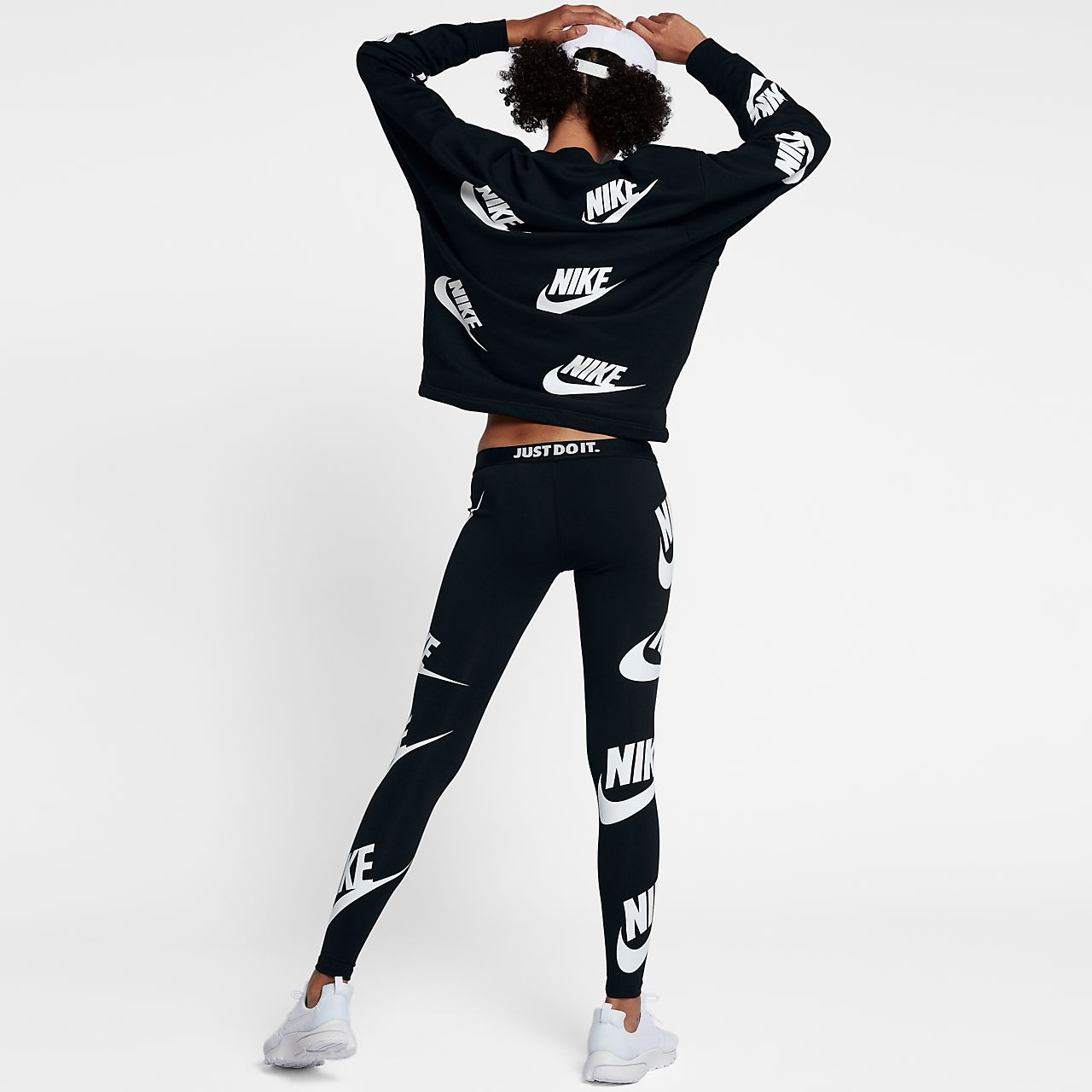 nike sportswear leg a see women 39 s graphic leggings. Black Bedroom Furniture Sets. Home Design Ideas