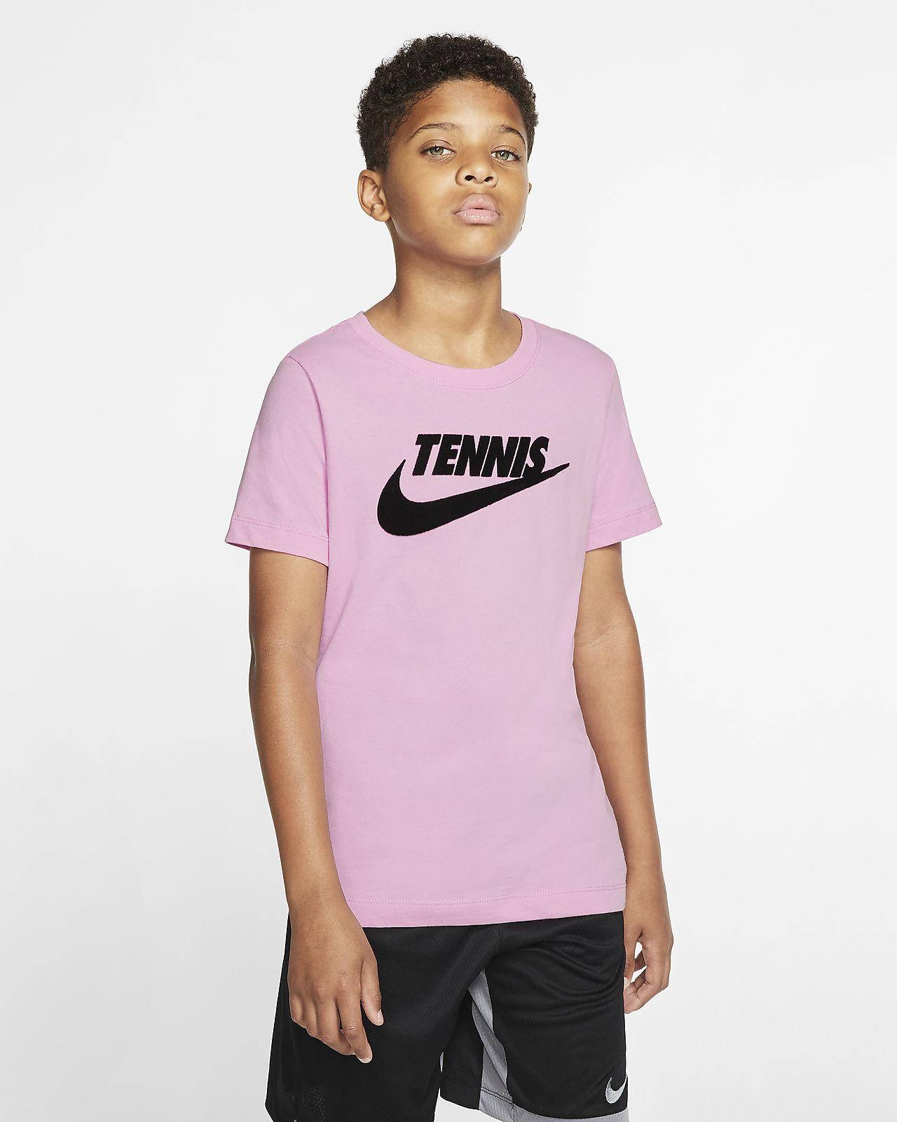 NikeCourt Dri FIT tennis T shirt med grafik til drenge