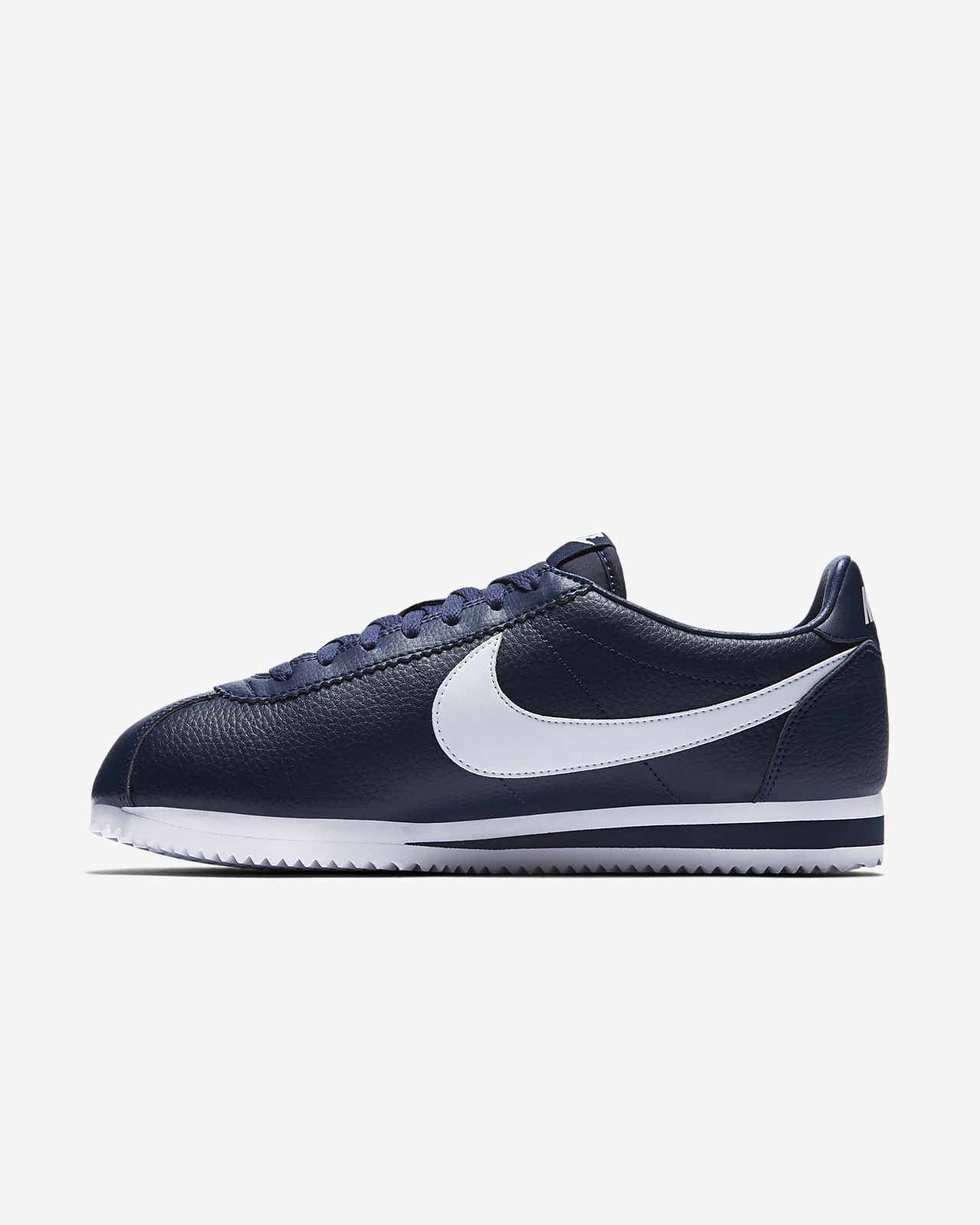 nike classic mens shoes