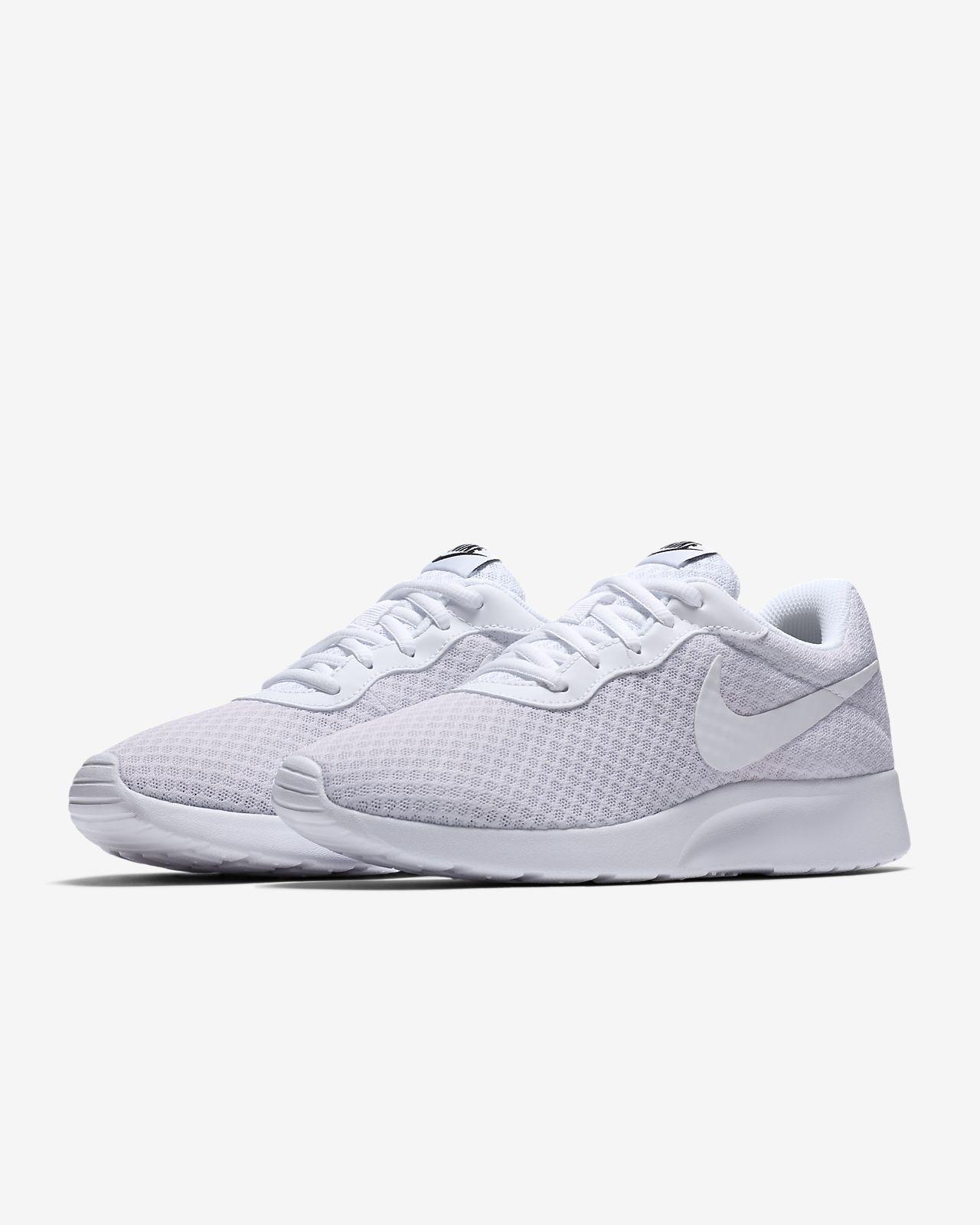 Scarpa Nike Tanjun Donna