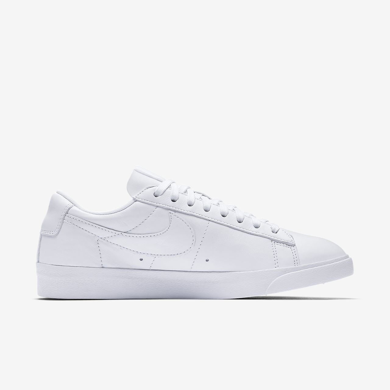 grey nike blazer low le