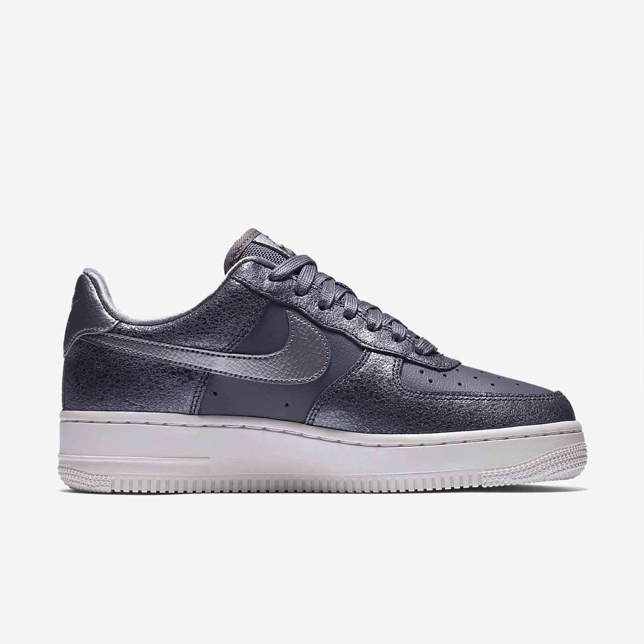 ... Nike Air Force 1 '07 Low Premium Women's Shoe
