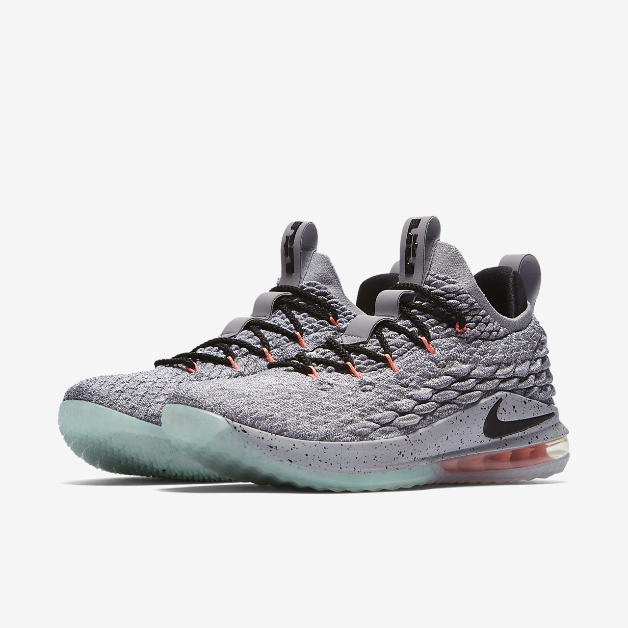 6769b609bb40 LeBron 15 Low Basketball Shoe. Nike.com