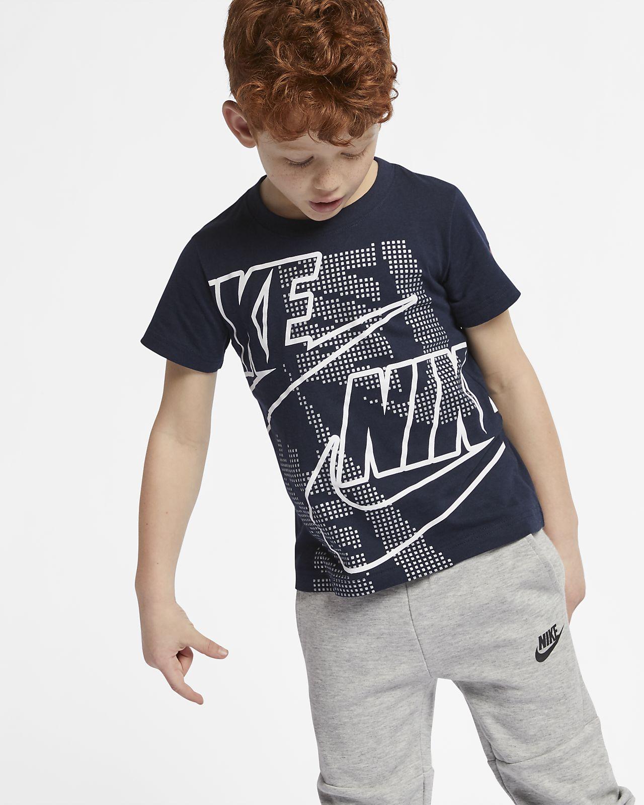 T-shirt Nike Sportswear för små barn