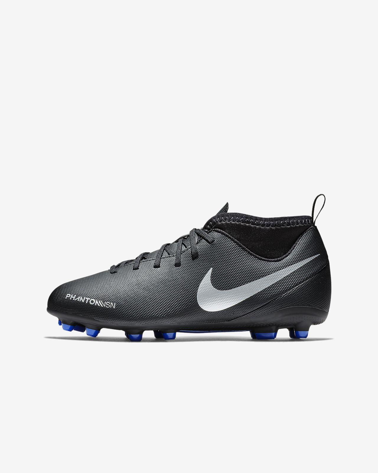 Nike Jr. Phantom Vision Club Dynamic Fit Younger/Older Kids' Multi-Ground Football Boot