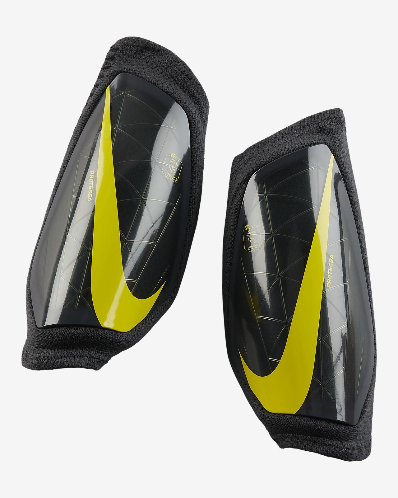 Παιδικές επικαλαμίδες ποδοσφαίρου Nike Protegga