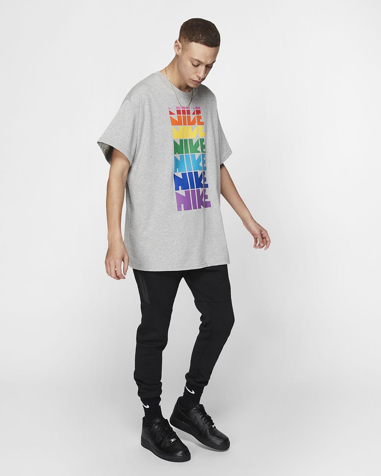 29acc28c Nike BETRUE T-Shirt. Nike.com