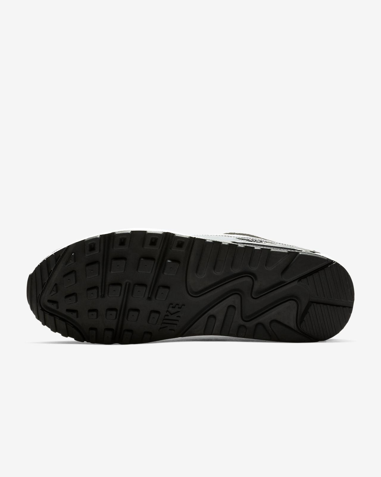 cheap for discount 4aba1 6a6e8 ... Chaussure Nike Air Max 90 Essential pour Homme