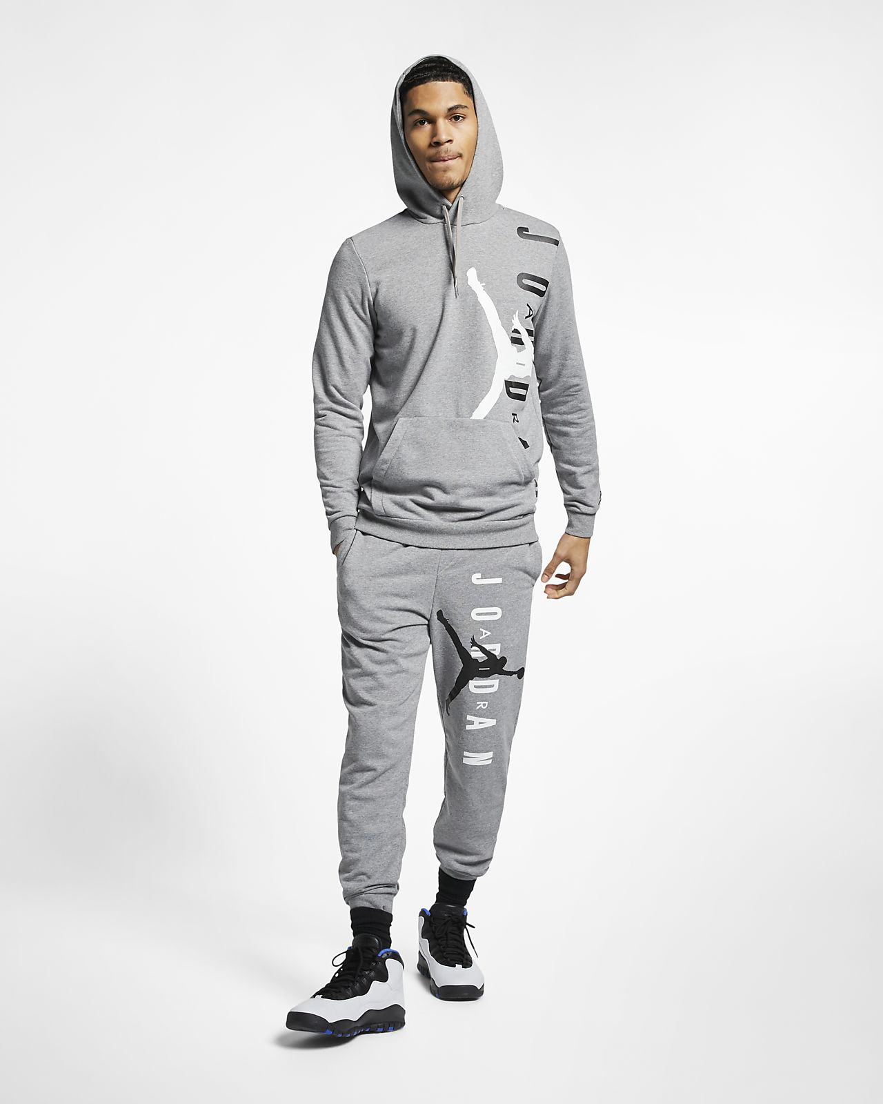 ac97008e496f3e Jordan Jumpman Air Lightweight Men s Fleece Sweatshirt. Nike.com CA