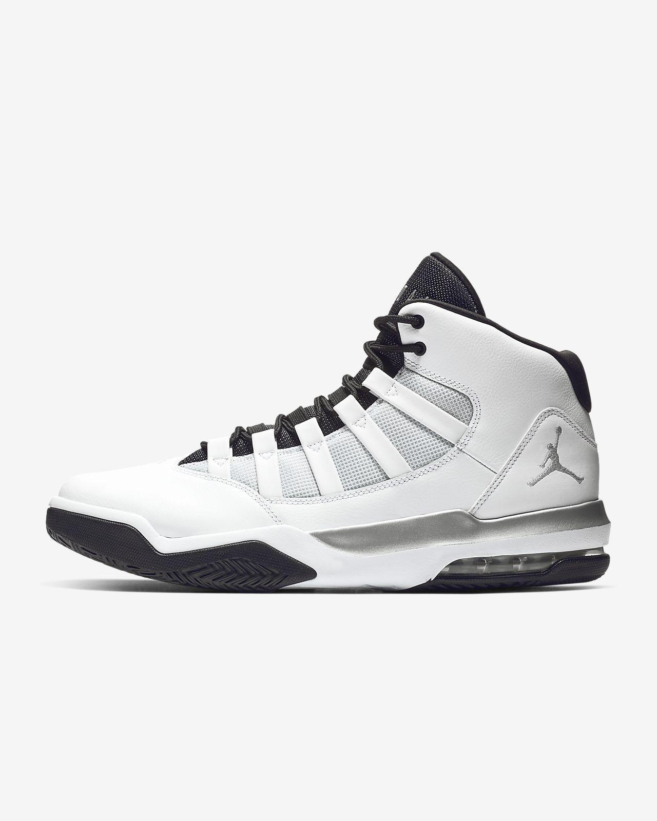a05e3cc4edb Jordan Max Aura Men's Basketball Shoe. Nike.com