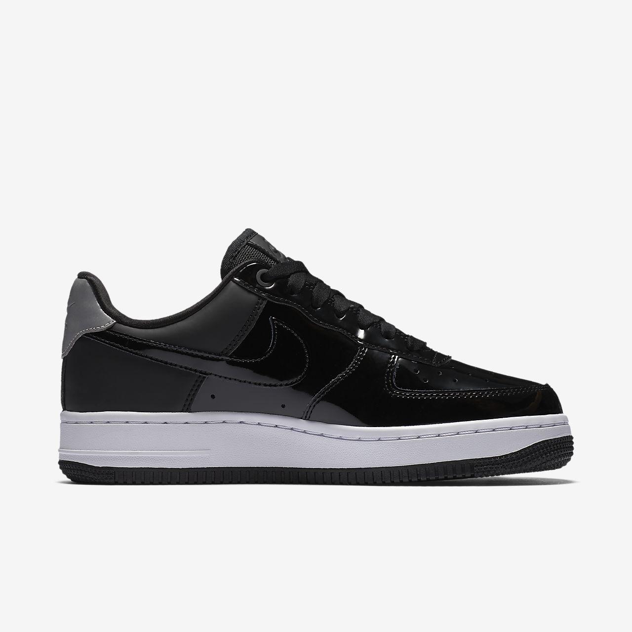 ... Nike Air Force 1 '07 SE Premium Women's Shoe