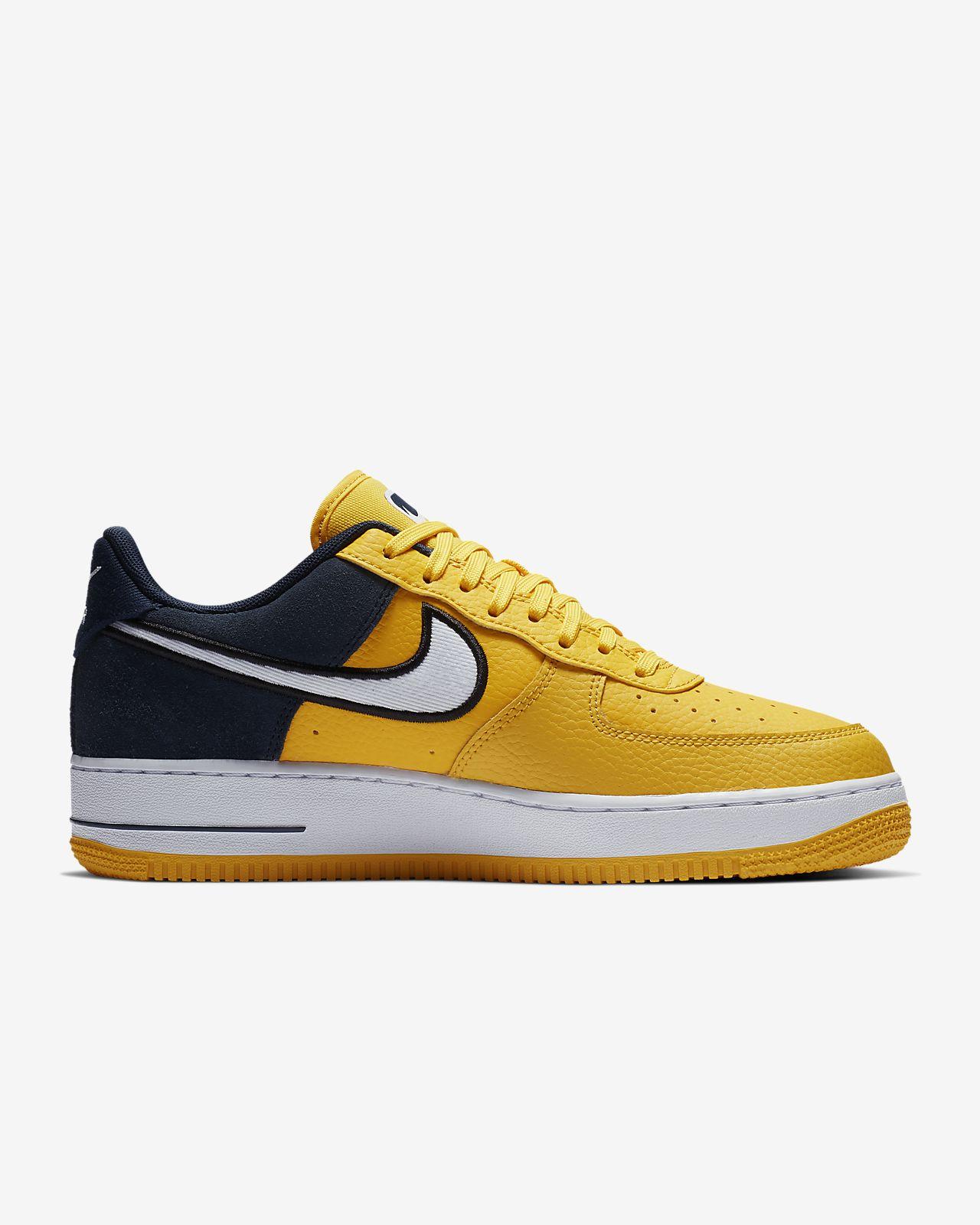 2255503f7 Nike Air Force 1  07 LV8 1 Men s Shoe. Nike.com IN