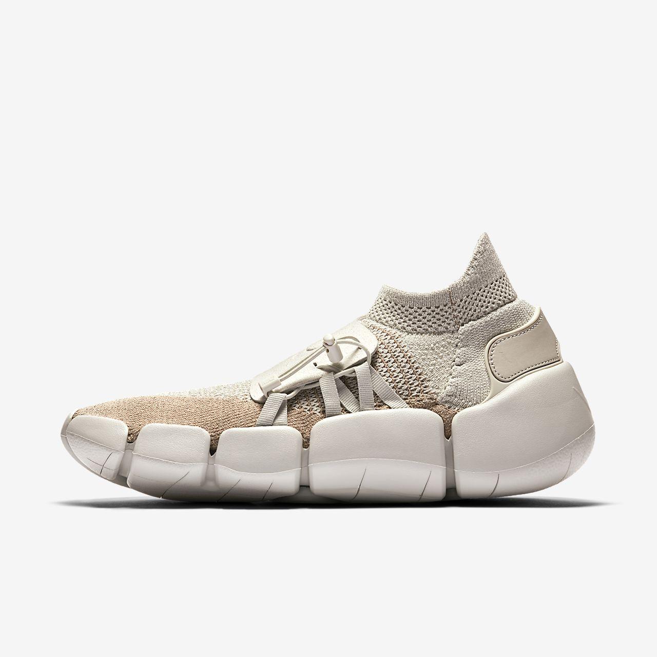 Nike Footscape Flyknit DM Men s Shoe. Nike.com CA da9d39f8a