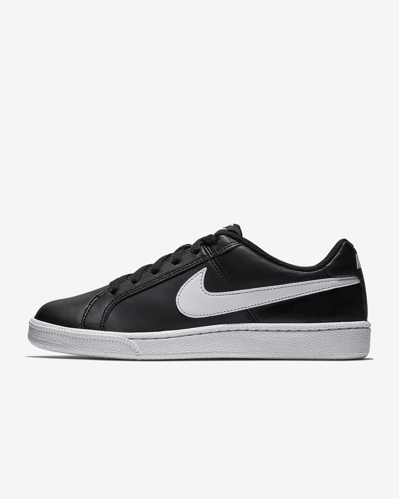 รองเท้าผู้หญิง NikeCourt Royale SL