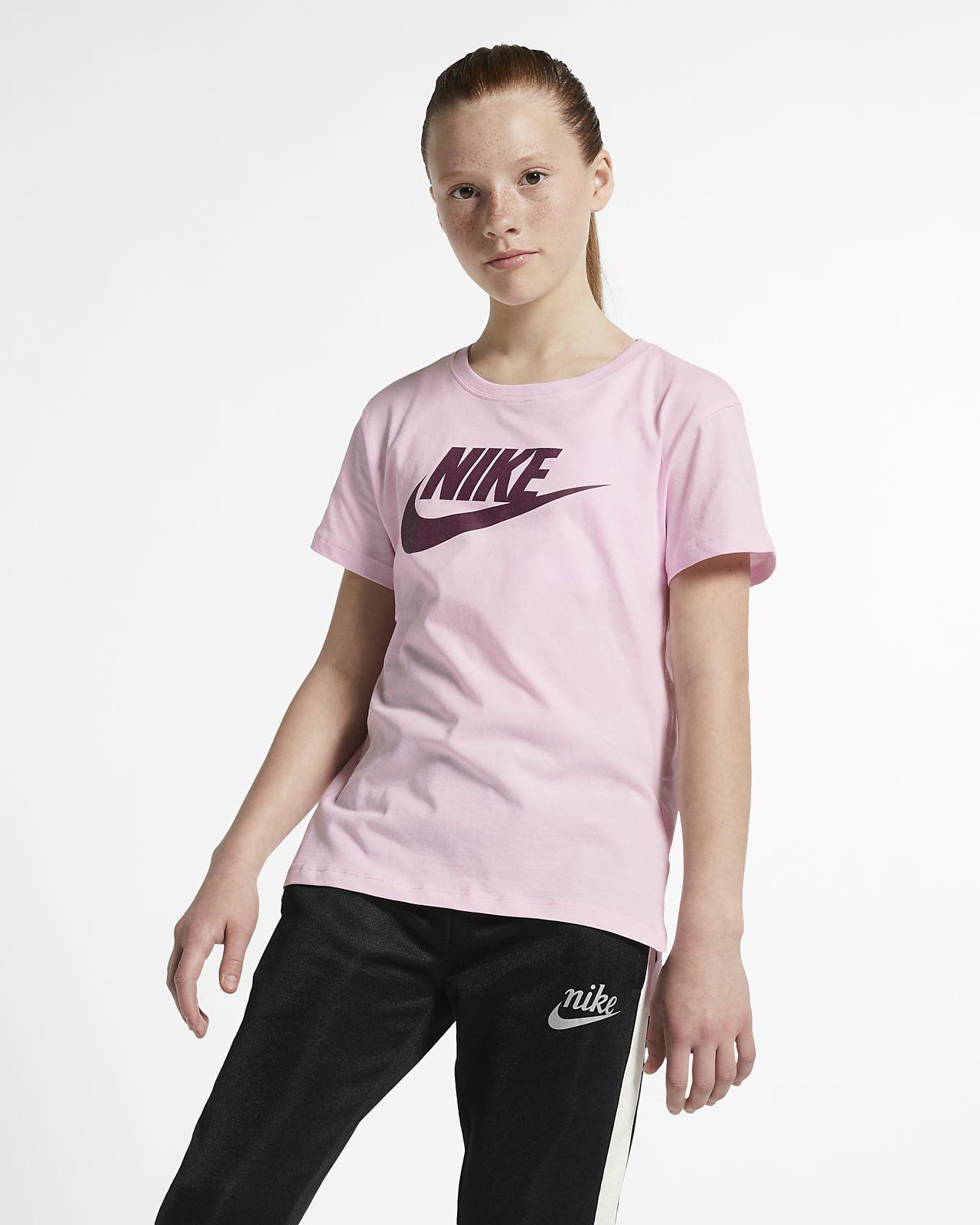 Nike Sportswear Older Kids' T-Shirt