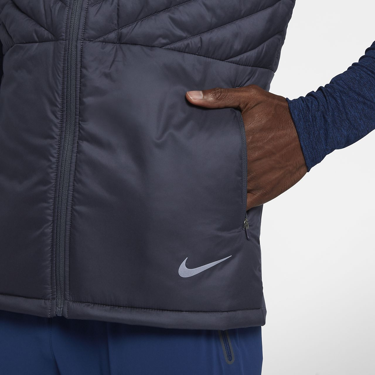 3c1e612b7743 Nike AeroLayer Men s Running Vest. Nike.com
