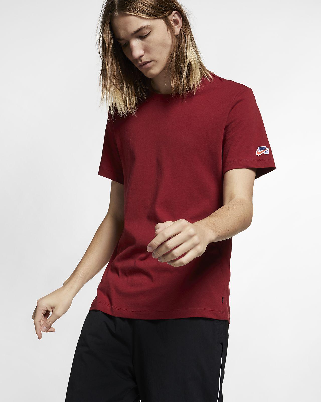 32930ae29 Nike SB Men's Skate T-Shirt. Nike.com MA