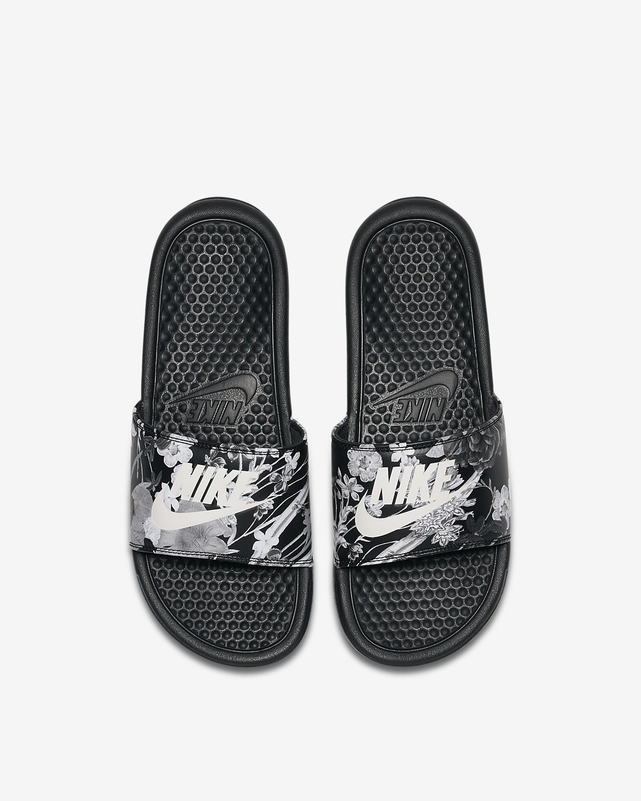 Nike Benassi JDI Women's Sandal. Nike VN
