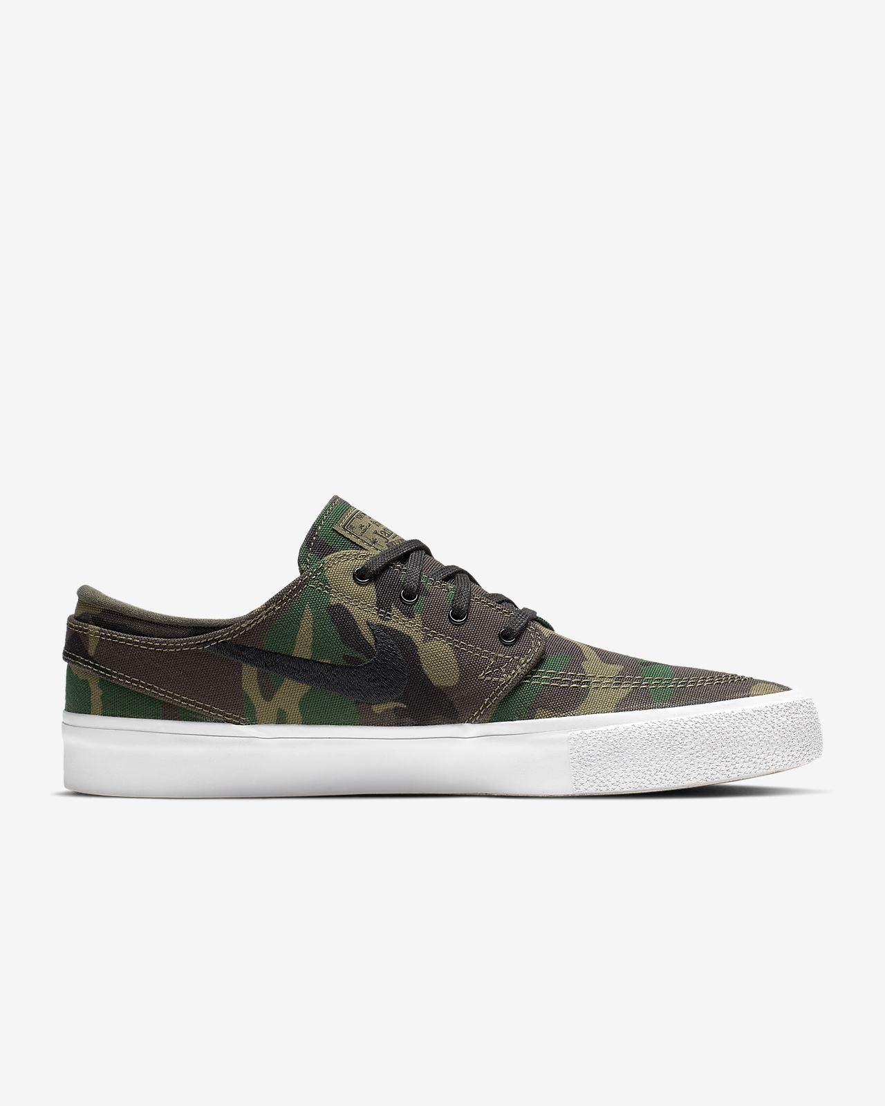 watch 55e86 409cd ... Nike SB Zoom Stefan Janoski Canvas RM Premium Skate Shoe