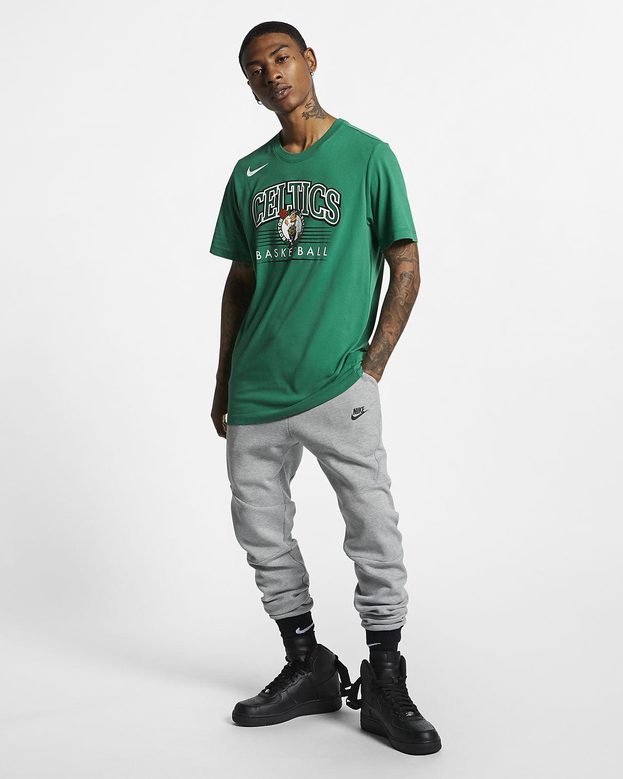 a72ce54134af Boston Celtics Nike Dri-FIT Men s NBA T-Shirt. Nike.com