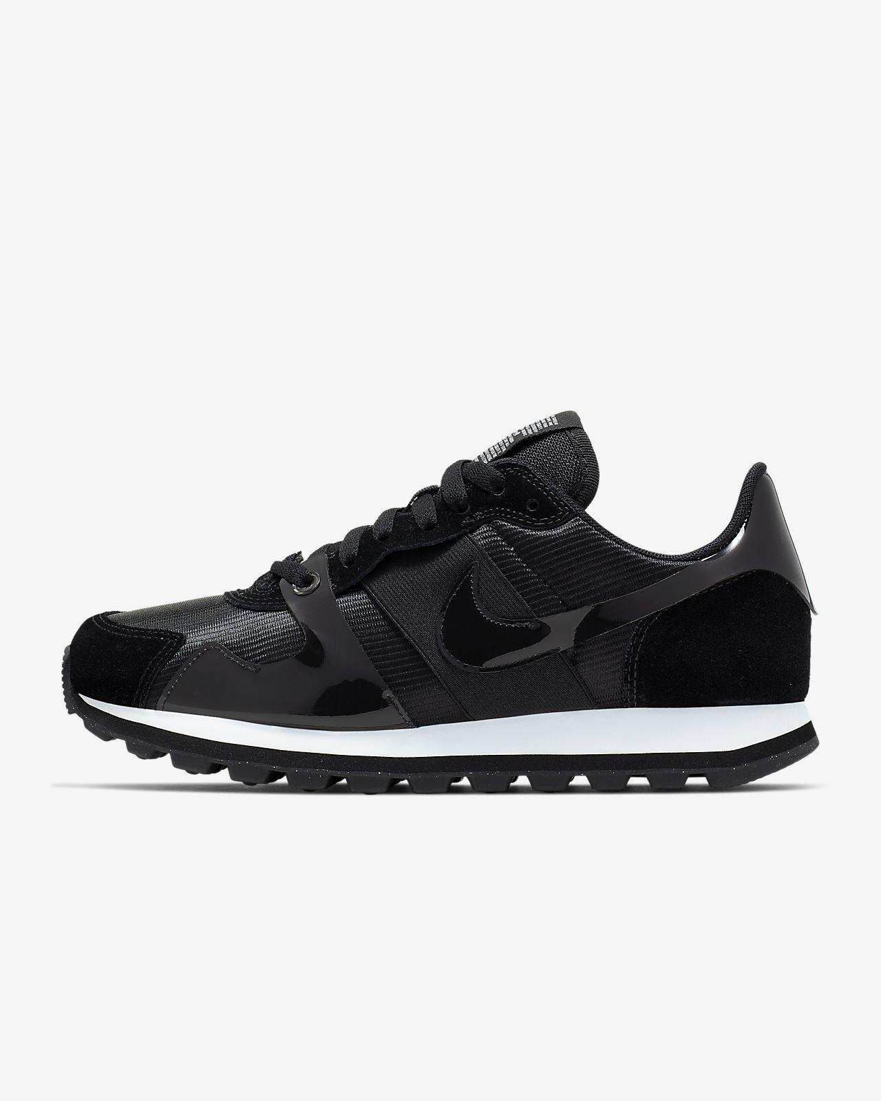Nike V-Love O.X. Shoe