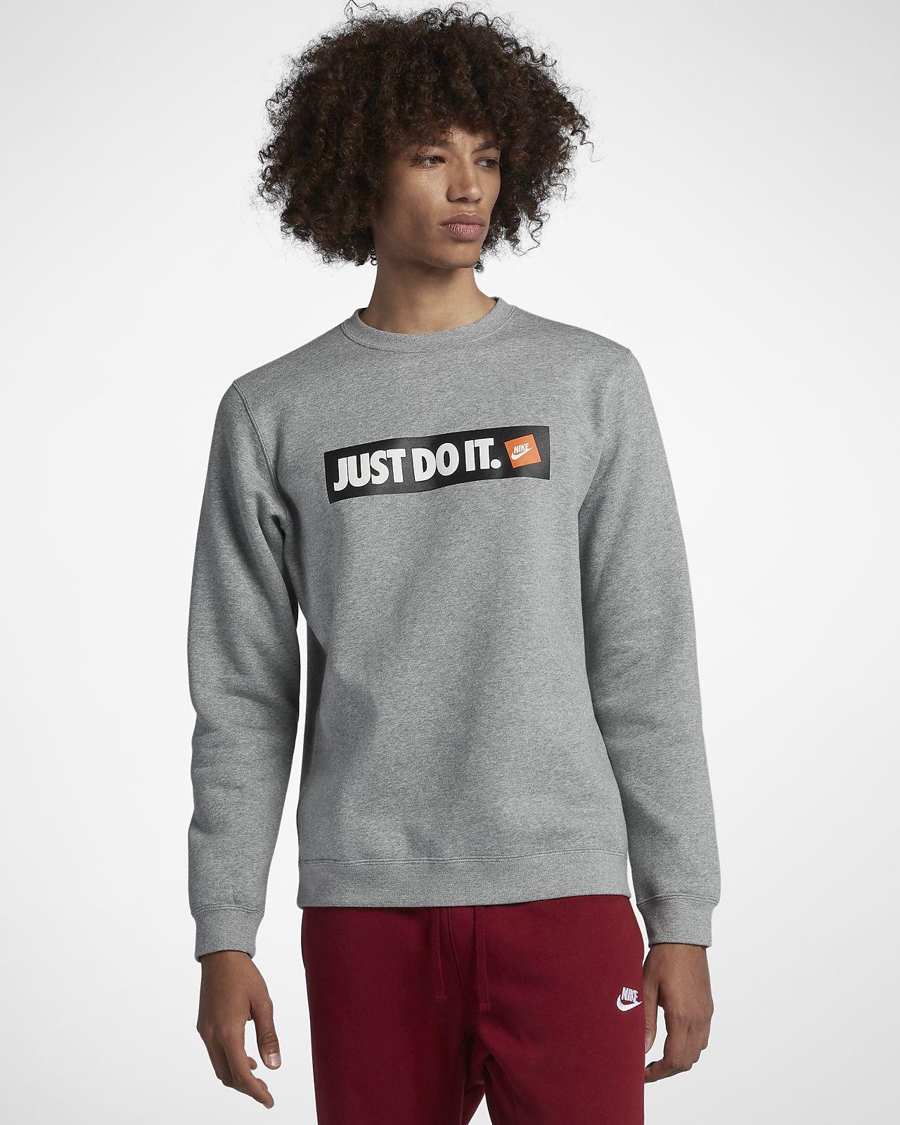 เสื้อคอกลมผ้าฟลีซผู้ชาย Nike Sportswear