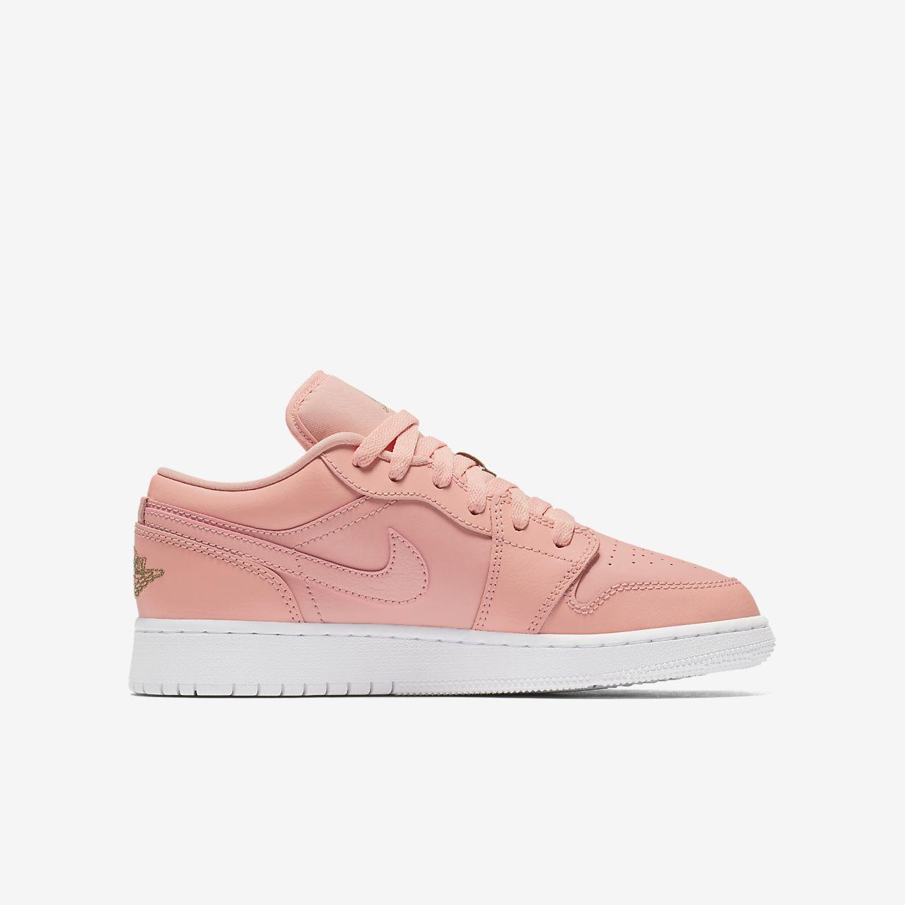 new style 627d6 71510 Air Jordan 1 Low Big Kids (Girls) Shoe ...