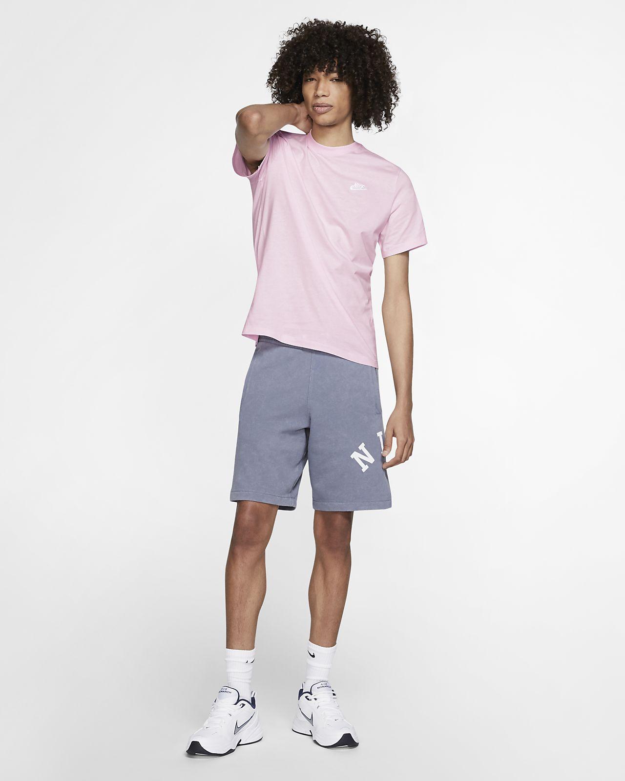 83355ed9d Nike Sportswear Club Men's T-Shirt. Nike.com