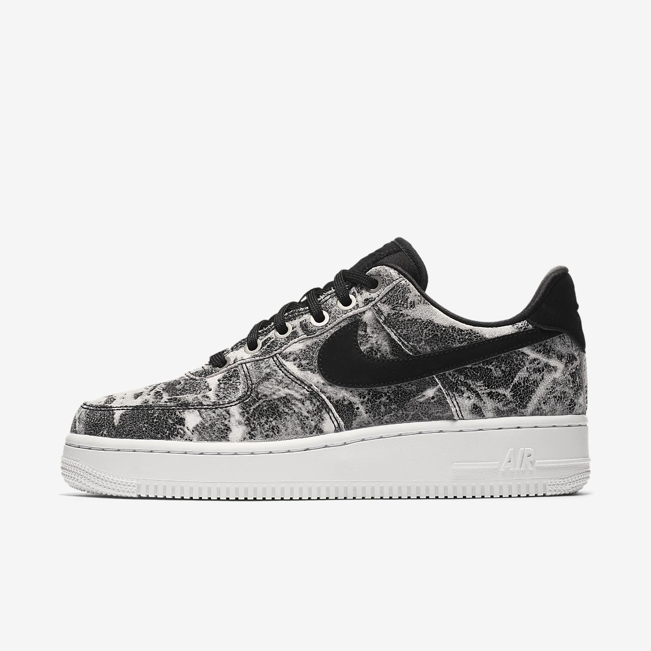 Nike Air Force 1 07 Lxx Women S Shoe Nike Com