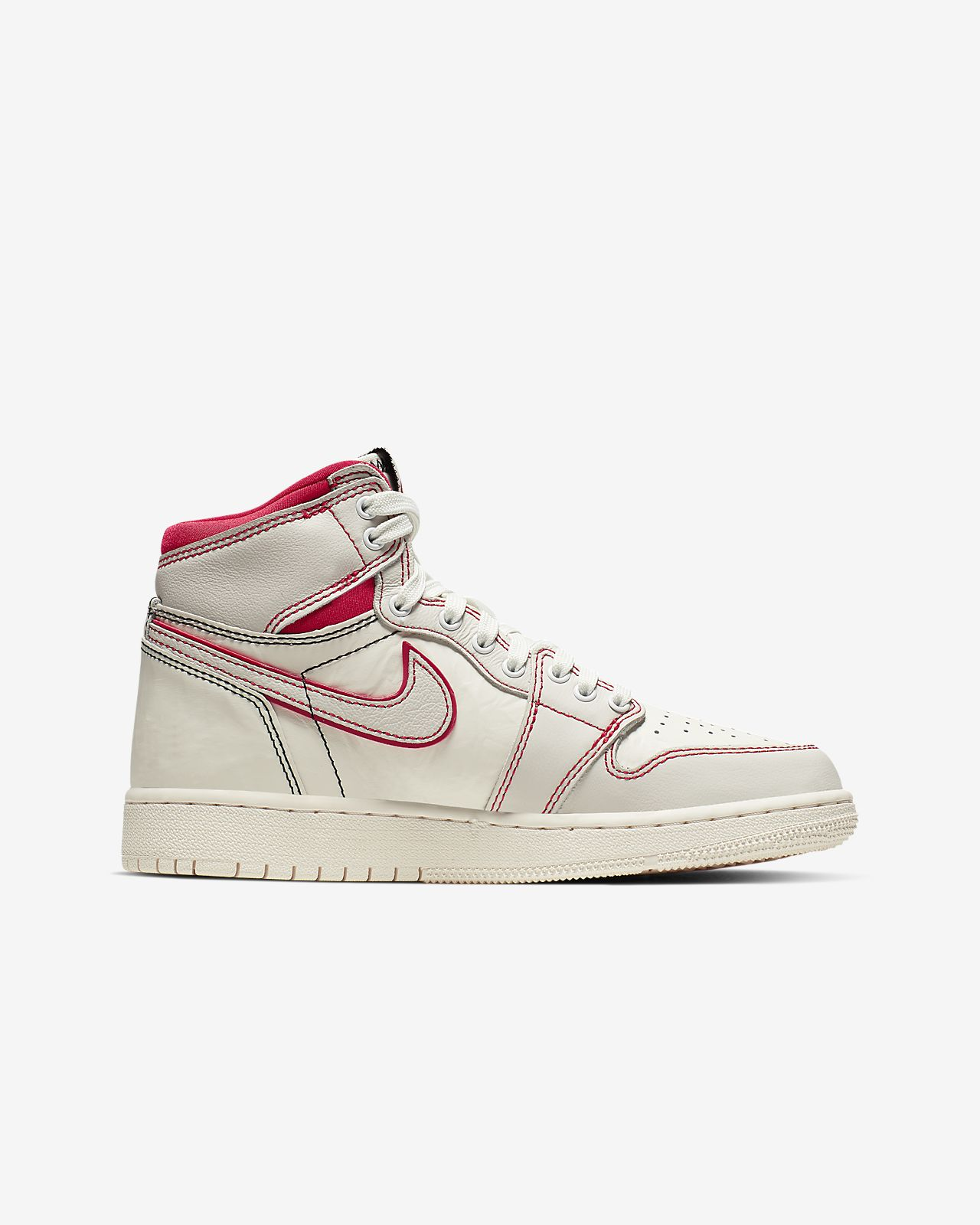 99a0147b95d Air Jordan 1 Retro High OG Boys' Shoe. Nike.com