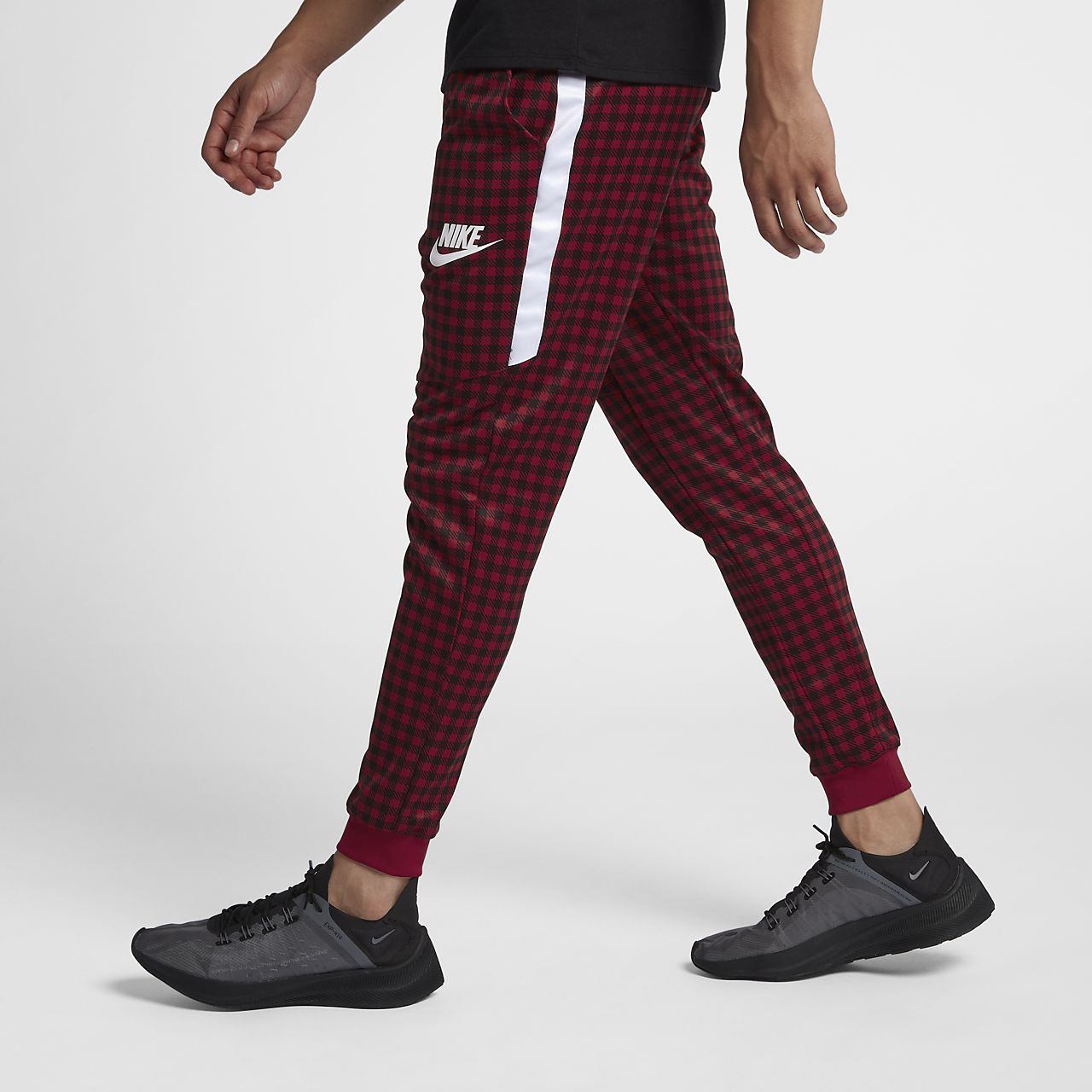 Джоггеры с графикой Nike Sportswear