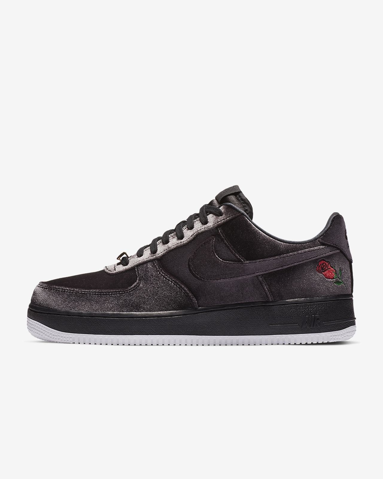 fe875f22560 Chaussure Nike Air Force 1  07 pour Homme. Nike.com FR