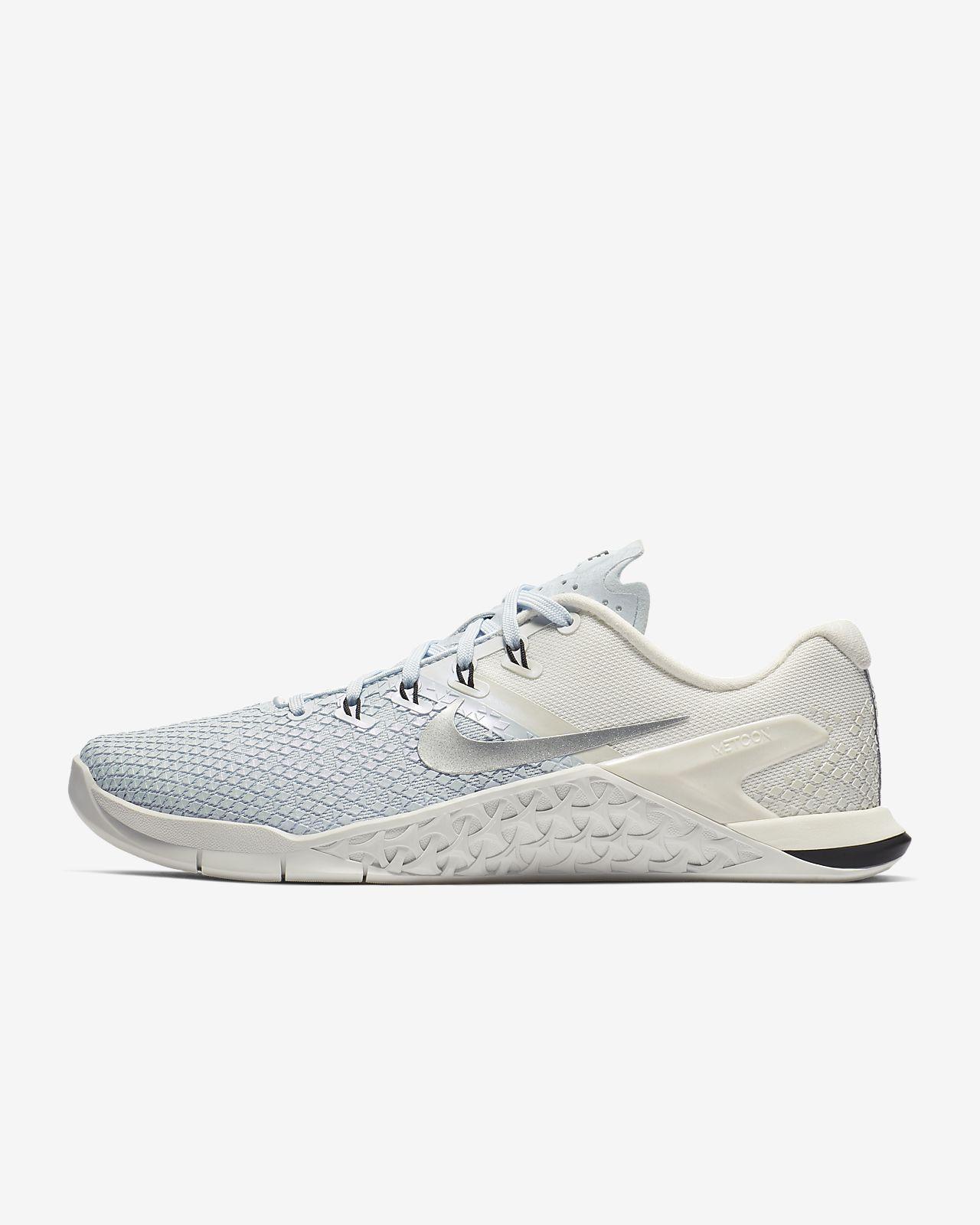 buy popular 55f65 11653 ... Chaussure de cross-training et de renforcement musculaire Nike Metcon 4  XD Metallic pour Femme