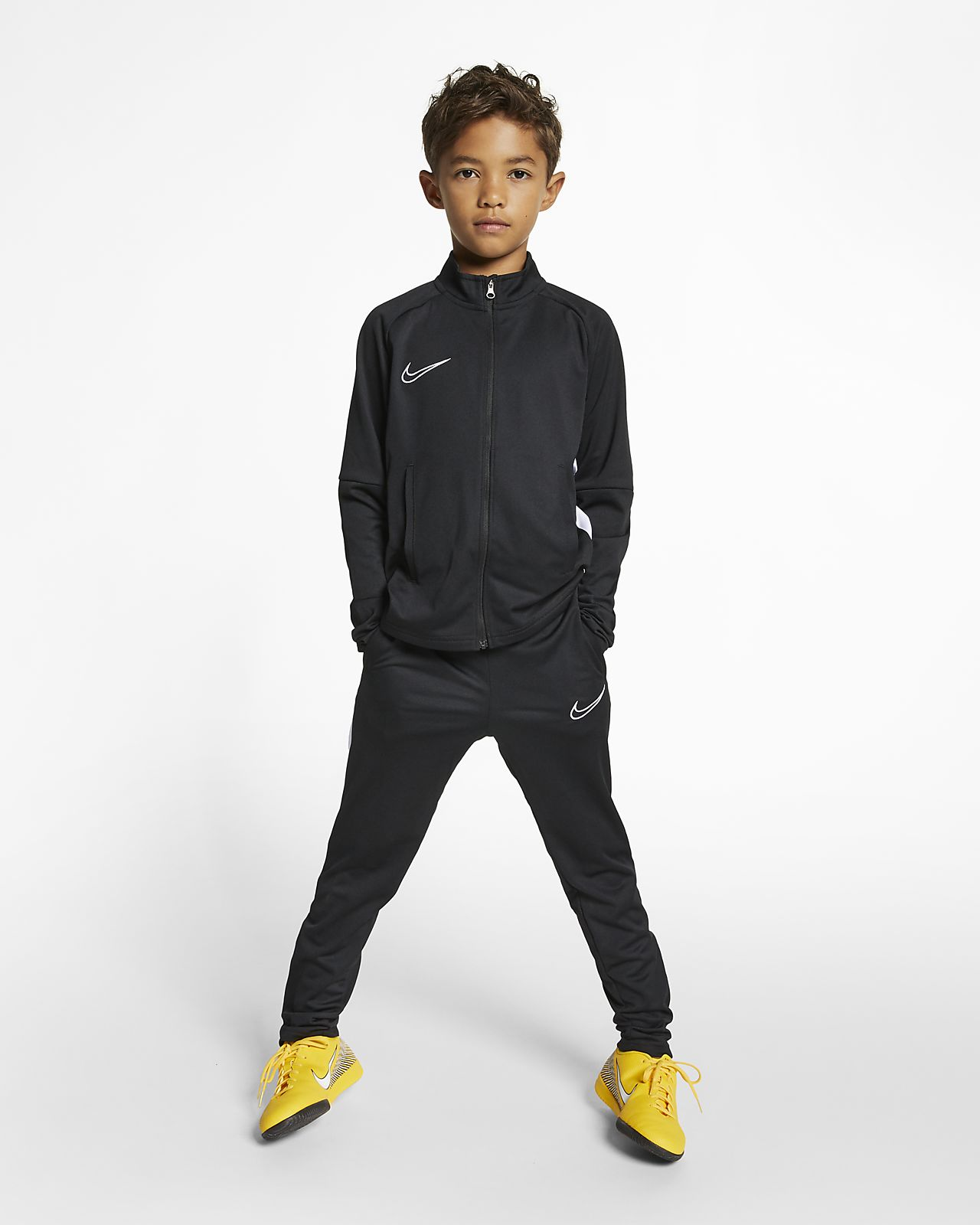 707dd6d97 Nike Dri-FIT Academy Older Kids' Football Tracksuit. Nike.com GB