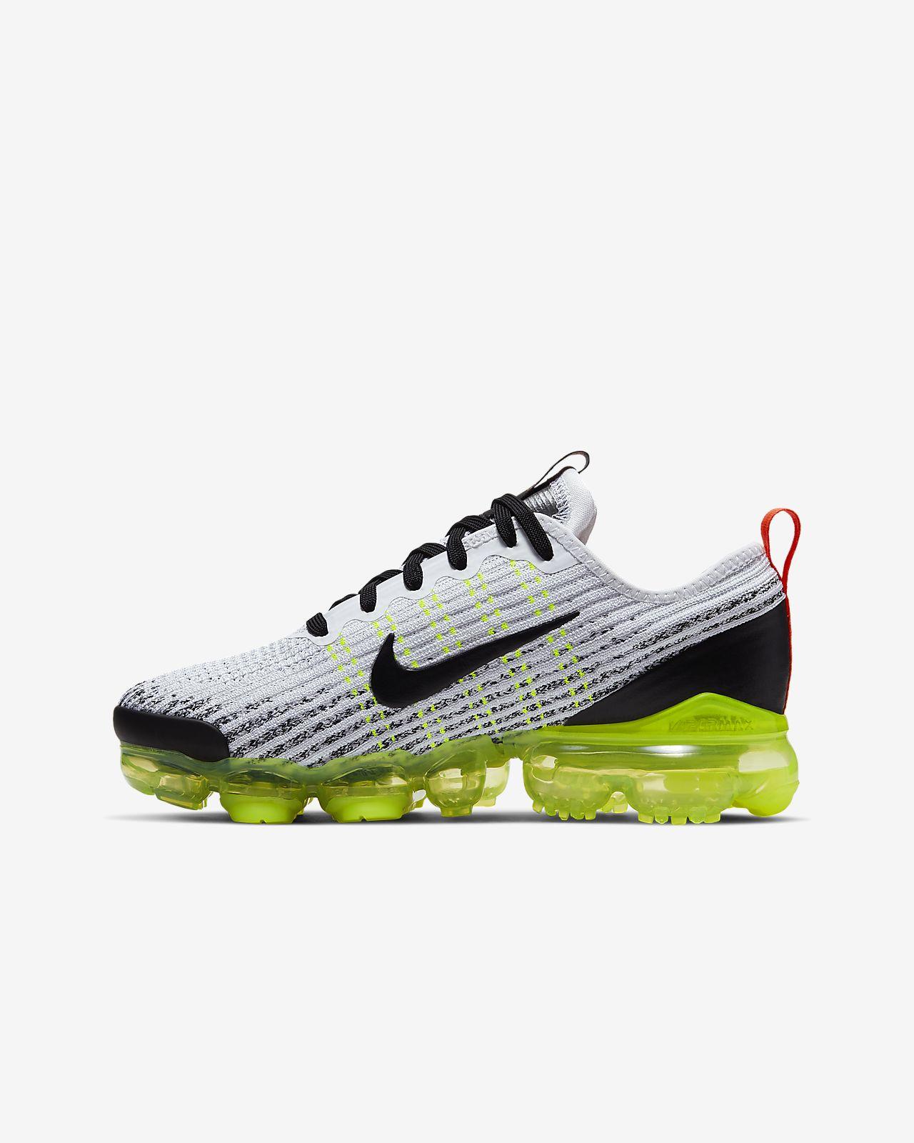 f26a2df0a6d6 Nike Air VaporMax Flyknit 3 cipő nagyobb gyerekeknek. Nike.com HU