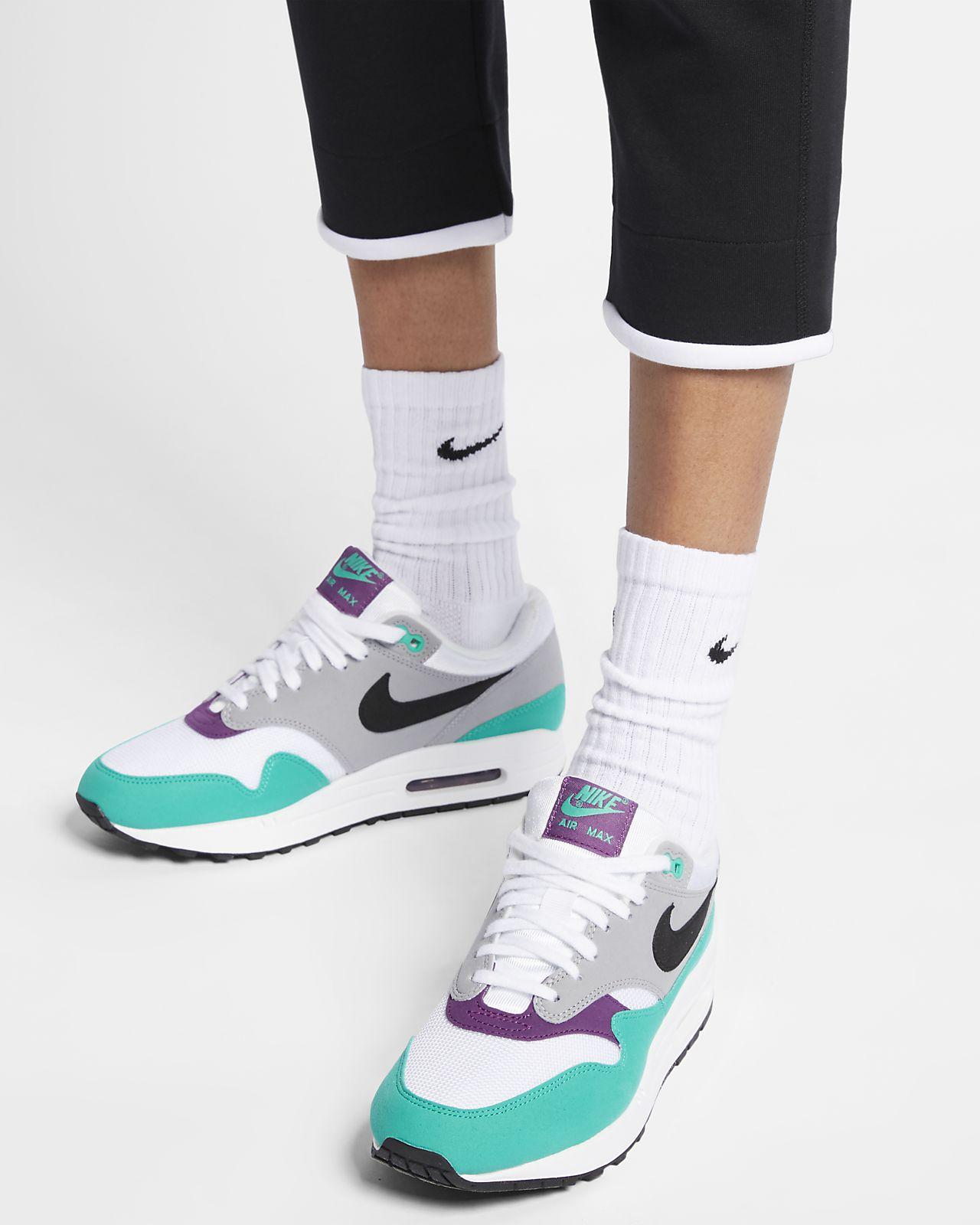 3ac7b7eca53d Nike Sportswear Tech Fleece Women s Pants. Nike.com