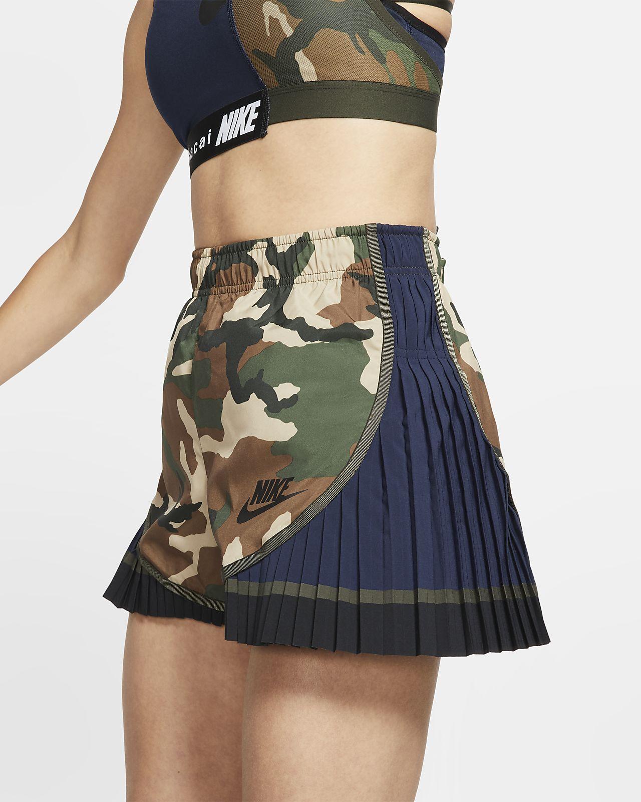 Nike mit Tempo Shorts Camomuster x Sacai Damen Faltendesign für im hxdCtsQr
