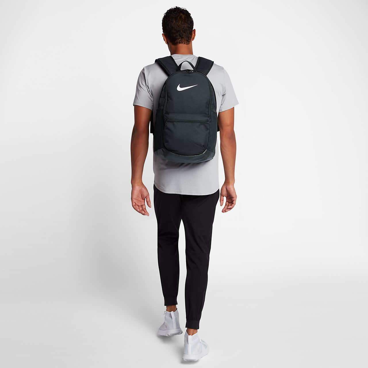b807c6c260f8 Nike Brasilia (Medium) Training Backpack. Nike.com