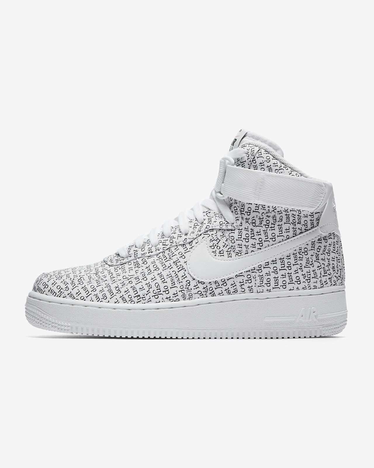 save off cc3ad 17eb3 Chaussure Nike Air Force 1 High LX pour Femme ...