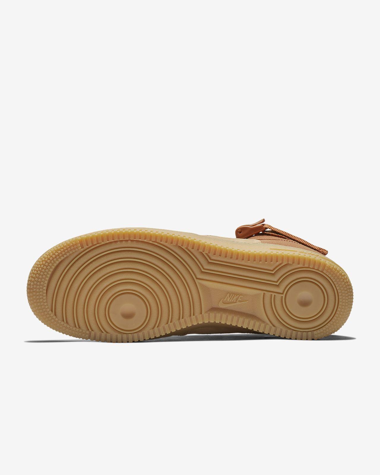 914f1b622c77 Nike SF Air Force 1 Mid Premium Men s Shoe. Nike.com CZ