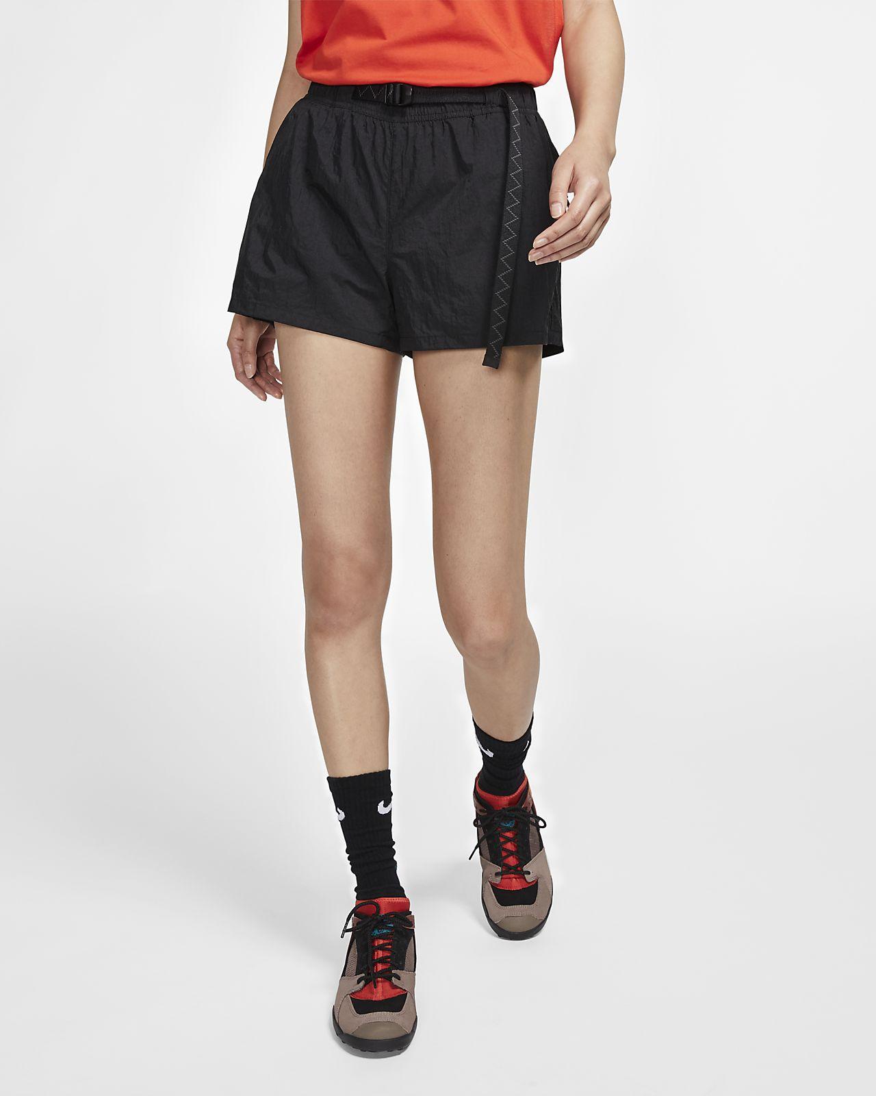 Nike ACG női rövidnadrág