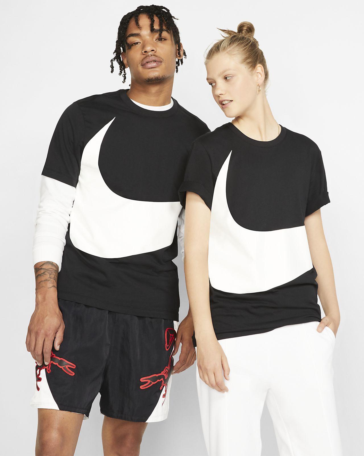 eec3a20a3 Nike Sportswear Swoosh T-Shirt. Nike.com NO