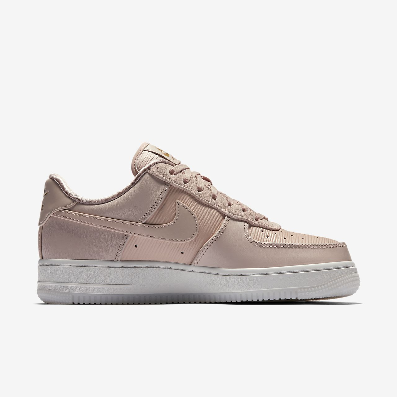chaussure nike air force 1 39 07 lx pour femme fr. Black Bedroom Furniture Sets. Home Design Ideas
