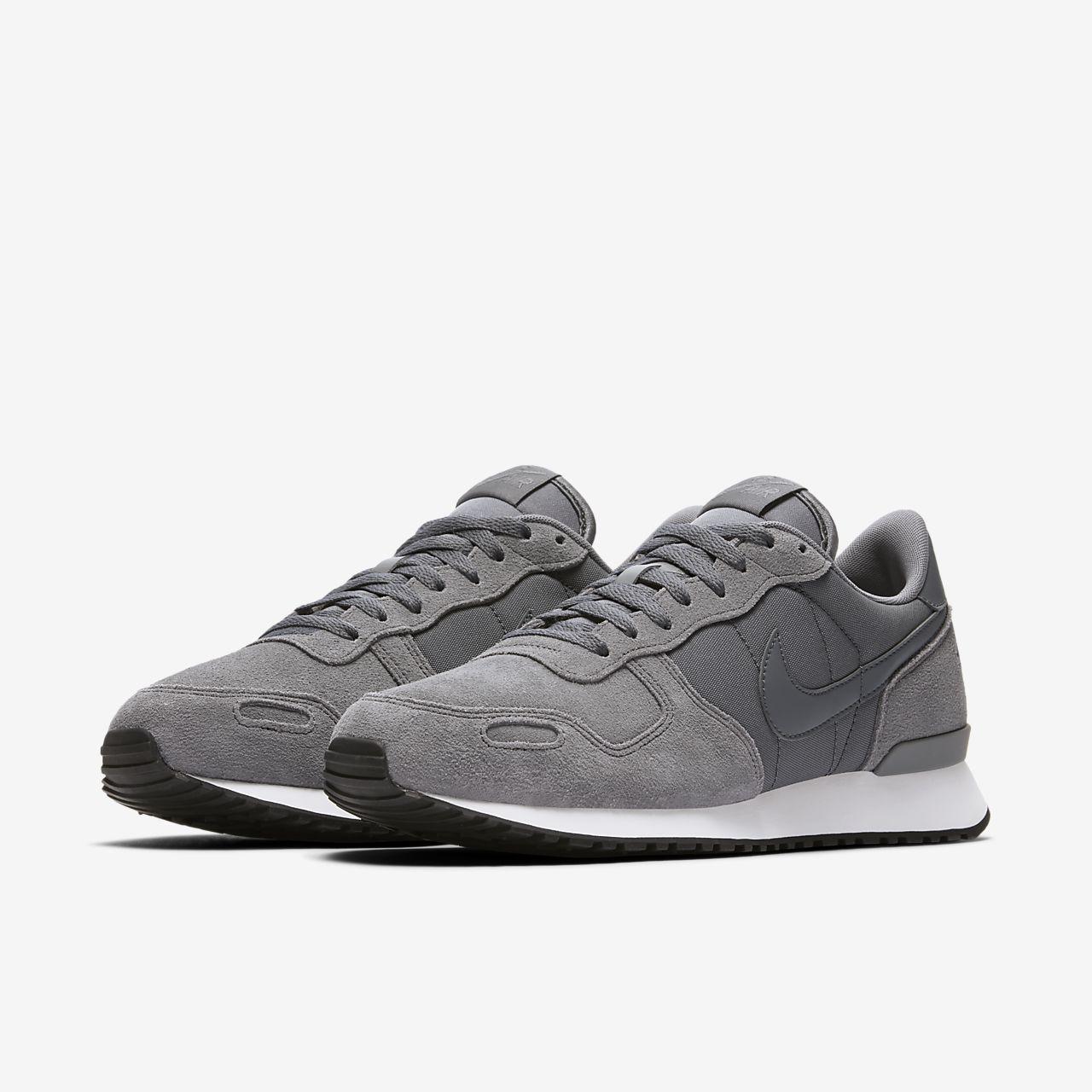 Nike Sneakers Tourbillon D'air De La Couche De Vêtements De Sport « Gris Clair / Noir / Blanc EqpaJabSJx