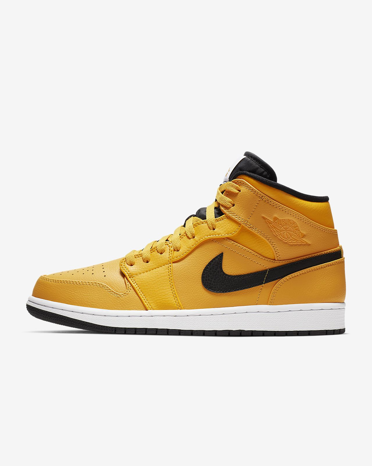76d260ab826545 Air Jordan 1 Mid Men s Shoe. Nike.com