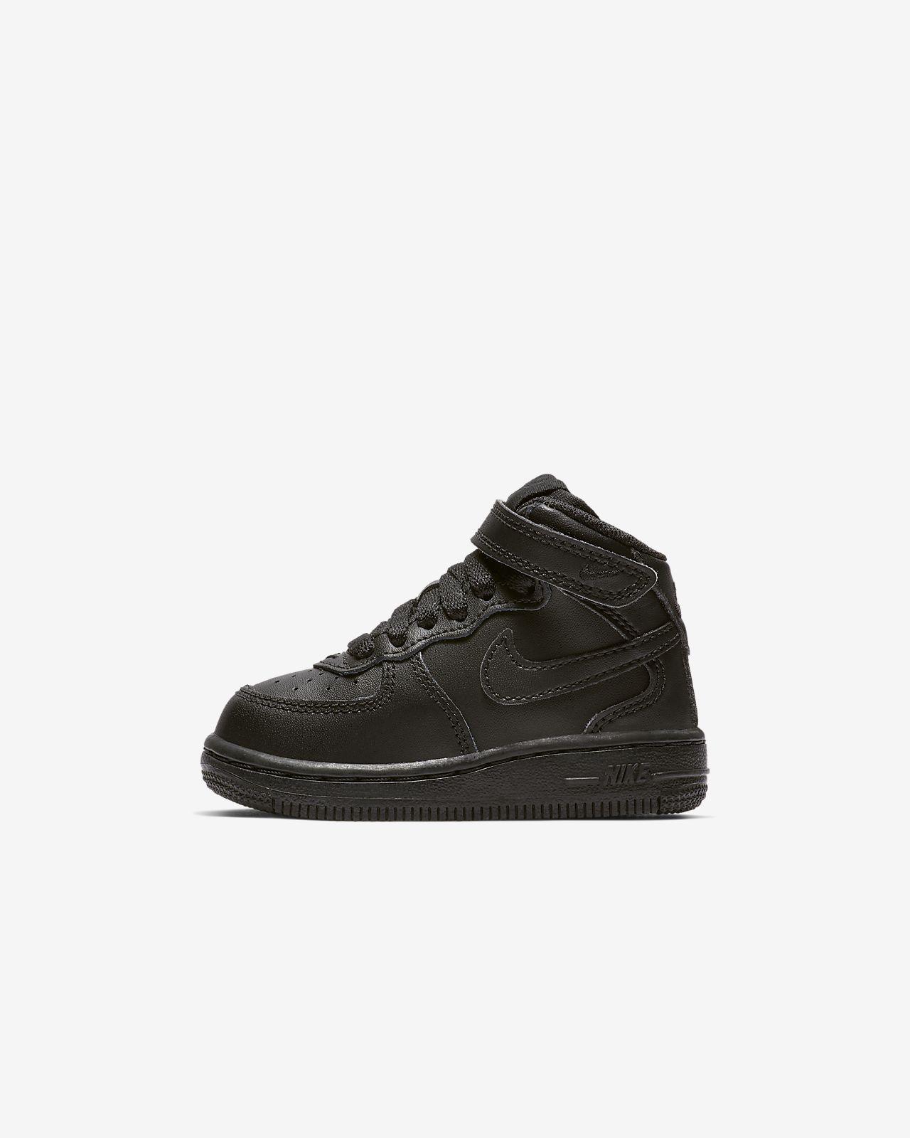 Sapatilhas Nike Air Force 1 Mid para bebé
